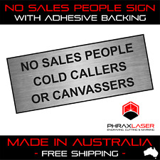 NO SALES PEOPLE COLD CALLERS CANVASSERS - SILVER SIGN - LABEL - PLAQUE 10CMX4CM