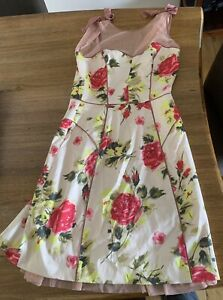 Gorgeous ALANNAH  Hill DRESS  -- SIZE 8