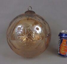 ancienne grosse boule de noël en verre soufflé et gravé / antique christmas ball