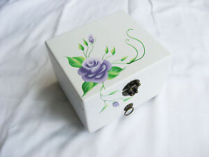 BRAND NEW SMALL WHITE WOODEN JEWELLERY BOX WITH PURPLE FLOWERS 2 LEVELS