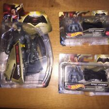 Battle Armor Batman With 2 Mini Batman & Batmobile Hot Wheels Figures By Mattel