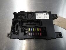 7650 F7E Vauxhall Corsa D SXI 1.4 Gasolina Caja de Fusible Cuerpo Módulo De Control 13320629