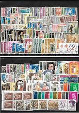 España. Conjunto de 4 fichas con 300 sellos nuevos de España