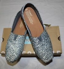 TOM'S CLASSIC SILVER GLITZ WOVEN SLIP ON SHOES US 9/ UK 7/ EUR 40