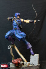 Marvel: XM Studios: HAWKEYE statue (with Coin) - RARE (dr doom/magneto/sideshow)