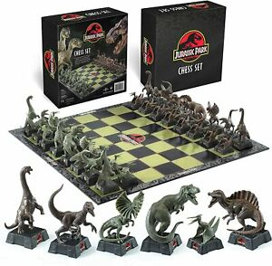 JURASSIC PARK CHESS SET BRAND NEW - THE NOBLE COLLECTION NN2421 GREAT GIFT