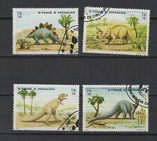 dinosaure 1982 St Tome et Principe série de 4 timbres oblitérés / T1391