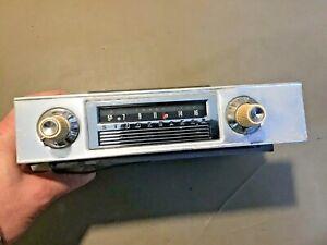 1964 Studebaker AM Radio used original Part # AC 3473
