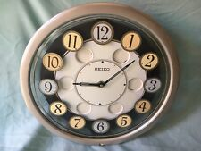 SEIKO MUSICAL WALL CLOCK TWIRLING NUMBERS MOTION QXM106SRH -Used