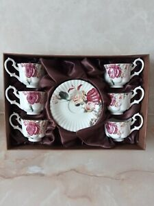 Brand New 6 Flower Cups And Saucers Boxed set