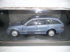 Mercedes-benz clase e t-modelo s211 tealitblau 1:18 Kyosho dealer very rare