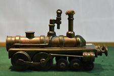 Ancien pyrogène en métal doré - Train