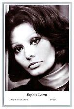 Sophia Loren (C) Swiftsure Postcard year 2000 modern print 20/126 glamour photo