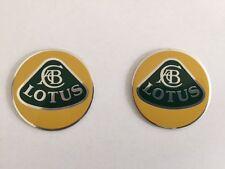 Satz Embleme für Lotus Omega  Kotflügel / Schweller-Blende vorne neu