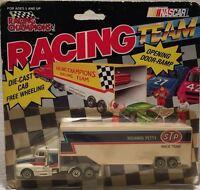 1991 RACING CHAMPION #43 HAULER W/ OPENING DOOR RAMP RICHARD PETTY#2