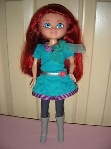 Kate - Dora's Explorer Girls-a Dora Links doll, dressed but no other accessories