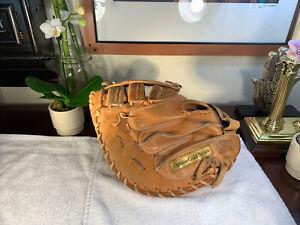 Wilson A9885 Optima Gold Series Catchers Mitt Glove RHT VG+++