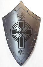 Encadrée Imprimer-médiéval bouclier en argent avec Templiers Crest (photo Moyen-âge)