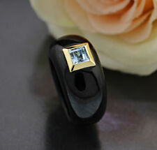 TOP Jade-Ring in Schwarz mit Blautopas in 585-Gelbgold Wert 640 Euro Neu