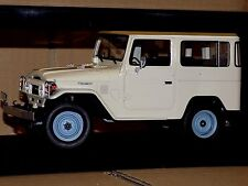 Toyota Land Cruiser FJ40 1977 CULT GML016-1 1:18