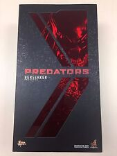 Hot Toys MMS 130 Predators Berserker Predator 14 inch Action Figure NEW