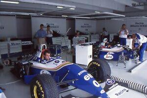 35mm COLOUR F1 PRESS SLIDE - 1990's WILLIAMS GARAGE (2)