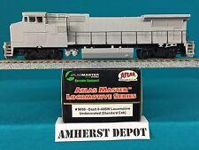 9050 Atlas HO Dash 8-40BW Undecorated Standard Cab DCC Locomotive  NIB