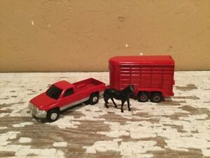 Ertl Diecast 1/64 Red Dodge Pick Up Truck And Horse Trailer Set Rare