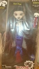 Silent Storm Gothique Begoths bleeding edge poupée de collection Bleu UK Exclusive
