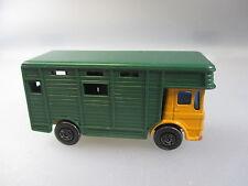 Matchbox:No.17  Horse Box Truck orange/grün  (Stiege13)