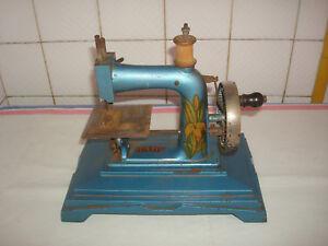 Machine à coudre jouet BABY ancienne  bleue 1224oct18