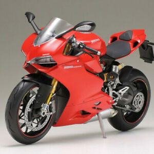 TAMIYA 14129 Ducati 1199 Panigale S 1:12 Bike Model Kit