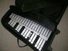 00004000 Cb xylophones serial #033427 w/case & stand ect.