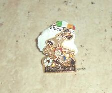 Word Cup USA 1994 Pin. Soccer Collectible