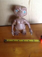 E.T. The Extra-Terrestrial Vintage Loose Vinyl Action Figure Collectible Doll