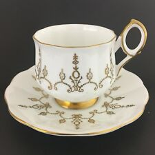 Elizabethan Teacup And Saucer Fine Bone China England Gold Design White Base Vtg