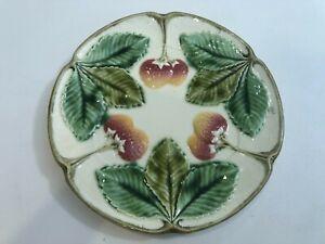 "Vintage Czechoslovakia Majolica Strawberry Wall Plate, 10 1/4"" Diameter"