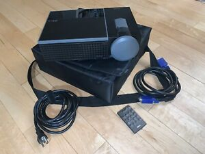 Home Theater Projector Dell 1609WX 2,500 Lumens with Carrying Case & Remote
