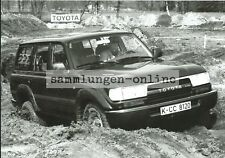 Toyota Land Cruiser SUV 4X4 crossstrecke Press Photo Photo Car