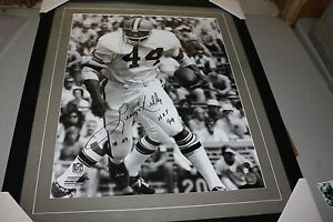 CLEVELAND BROWNS LEROY KELLY #44 SIGNED FRAMED 16X20 PHOTO HOF 1994