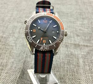 fashion 44mm gray sterile dial Rotating bezel date Automatic watch men's watch