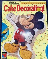 Vtg 1996 Wilton Yearbook Cake Decorating Magazine Disney Mickey Mouse Cover