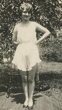 ANTIQUE VINTAGE FLAPPER AMERICAN BEAUTY RISQUE BACKYARD LINGERIE LONG LEGS PHOTO