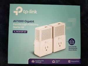 TP-Link TL-PA7010P KIT AV1000 Gigabit Passthrough Powerline Starter Kit