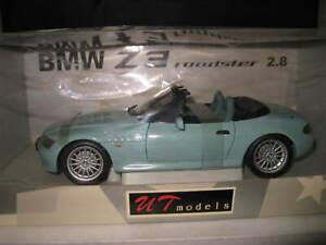 UT 1/18  BMW Z3 ROADSTER 2.8  VERY LIGHT GREEN   OLD SHOP STOCK  #20403