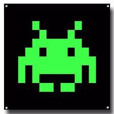 GREEN SPACE INVADER METAL SIGN, RETRO GAMES, VINTAGE,ARCADE VIDEO GAME