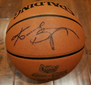 Los Angeles Lakers Kobe Bryant autographed official game basketball with Psa Coa