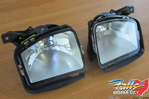 2013-2019 Ram 1500 Right & Left Front Fog Lamp Assembly Mopar OEM