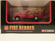 CORGI FIRE HEROES - CS90055 MACK B OPEN PUMPER - LEXINGTON