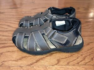 Boys Arizona brown Felix Jr. Fisherman sandals size 11